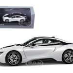 BMW i8 Crystal White/ Frozen Grey 1/43 Diecast Model Car by Paragon