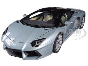 LAMBORGHINI REVENTON 2012 MATT BLACK 1:24 AUTO STRADALI MOTORMAX SCALA