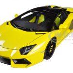 Lamborghini Aventador LP700-4 Roadster Yalloe/Giallo Maggio 1/18 Diecast Car Model by Autoart