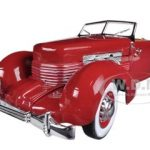 1937 Cord Convertible Red Road & Track Cover Car  Limited to 1500pc 1/18 Diecast Model Car by Autoworld