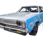 1968 Plymouth Road Runner Richard Petty #43  Limited to 1250pc 1/18 Diecast Car Model by Autoworld