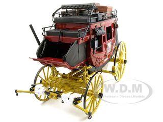 B11XK59_fargocoach01__84898