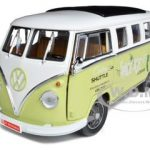 1962 Volkswagen Microbus Space Age Lodge Cream 1/18 Diecast Model Car by Greenlight