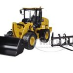 CAT Caterpillar 938K Wheel Loader with Interchangeable Work Tools: Bucket and Fork 1/50 Diecast Model by Norscot