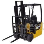 CAT Caterpillar EP16(C)PNT EP13-20 (C)PNT Range Lift Truck 1/25 Diecast Model by Norscot