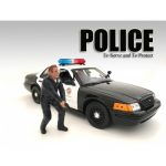 Police Officer III Figure For 1:24 Scale Models by American Diorama