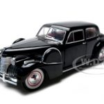 1940 Cadillac Fleetwood Sixty Special Black 1/32 Diecast Car Model by Signature Models
