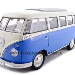 1962 Volkswagen Microbus Blue 1/18 Diecast Car by Welly