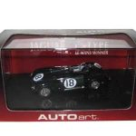 Jaguar C-Type 1953 Le Mans Winner  #18 T.Rolt/D.Hamilton 1/43 Diecast Model Car by Autoart