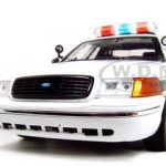 Ford Crown Victoria Border Patrol Car 1/18 Diecast Model Car by Motormax