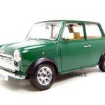 1969 Old Mini Cooper Green 1/18 Diecast Model Car by Bburago